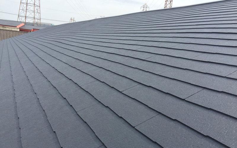 コロニアル屋根とは?特徴やメリットを塗装専門家が分かりやすく解説